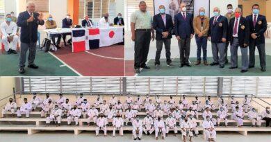 ASOKASA y FEDOKARATE realizan en Santiago exitoso curso para instructores