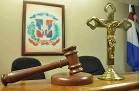 Aplazan audiencia contra acusados venta de terrenos en Los Tres Brazos