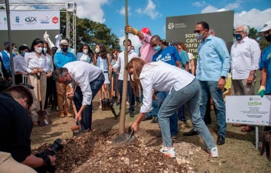 Alcaldía del DN e instituciones inician plan de arbolado de la ciudad