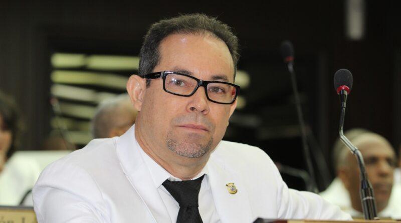 Diputado Amado Díaz advierte al PLD sobre escogencia de cuestionados por corrupción en CP