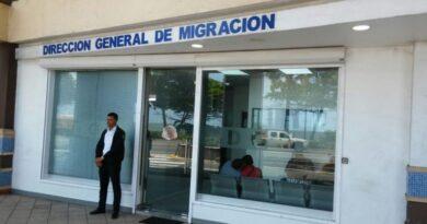 En 48 horas cancelan decenas inspectores en Dirección Migración