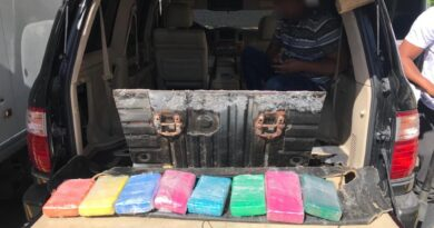 """Incautan ocho paquetes más de cocaína en vehículo ocupado caso """"Julito Kilo"""""""