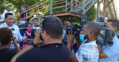 """""""La juventud pa´ cuando"""": Exitosa protesta pacífica contra el desempleo juvenil."""
