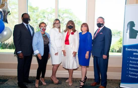 Matty Frías, primera dominicana en presidir una asociación de mujeres empresarias en Orlando