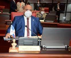 Senadores dicen es temprano hablar de reelección Abinader