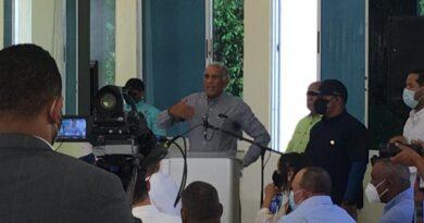 Pide a presidente que compre la deuda de los agricultores de San Juan