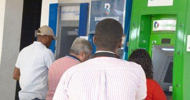 Montos transados en cajeros automáticos disminuyeron un -3.7% en 2020