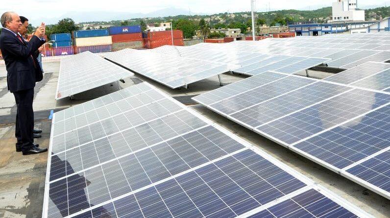 Uso de energía renovable crece 50 % en 2020