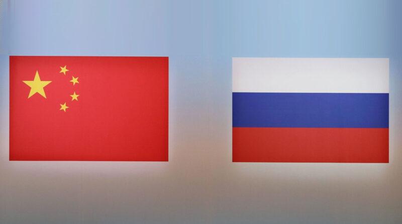 China promete cooperar con Rusia en medio del endurecimiento de las sanciones occidentales