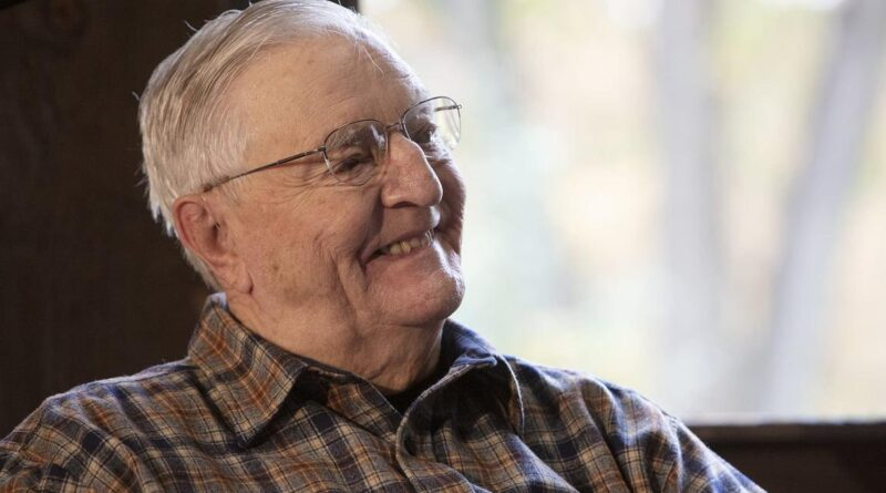 Familia dice que el exvicepresidente Walter Mondale murió a los 93 años