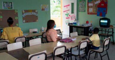 Con altas y bajas se inició el regreso a las clases semipresenciales en 48 municipios