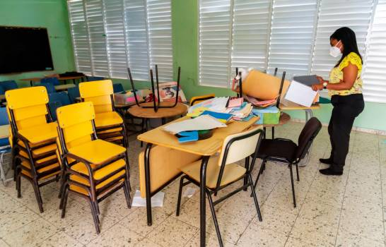 ATENCIÓN: Retorno a las aulas se reinicia hoy en 48 municipios del país con muchas interrogantes