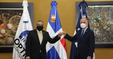 Superintendencia de Bancos firman acuerdo para fortalecer servicios Prousuario