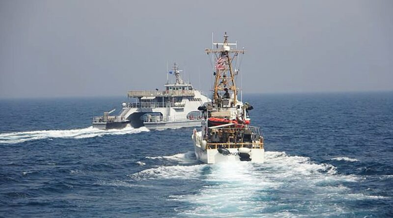 Tenso encuentro entre una flotilla de ataque de Irán y buques de EEUU en el Golfo Pérsico