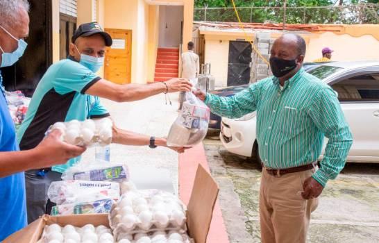 Inabie continuará entrega de alimentos crudos a padres de estudiantes