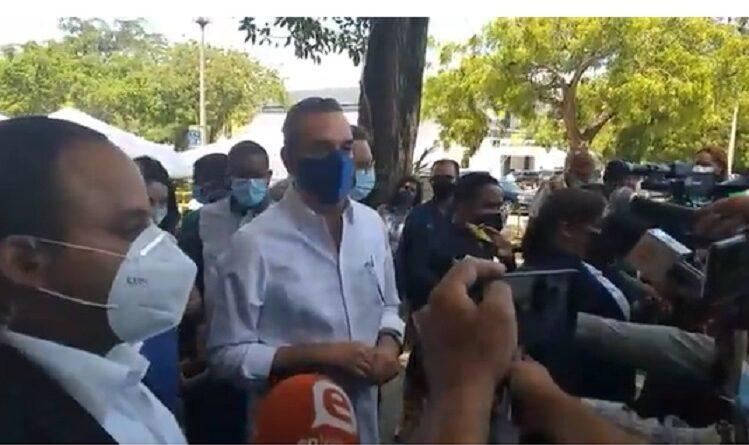 Presidente Abinader confirma retraso en llegada de nuevo lote de vacunas chinas