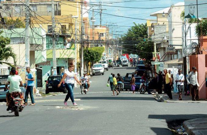 Ciudadanos destacan luces y sombras de alcaldes del Gran Santo Domingo en primer año de gestión