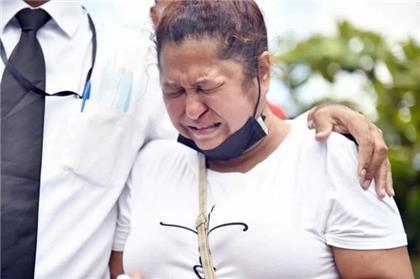 Madre de Elisa: Por qué matar a dos personas así… como si fueran delincuentes