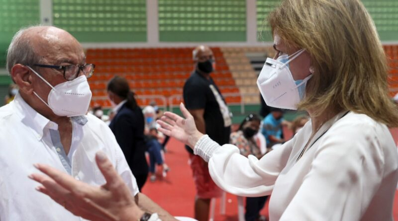 Más de un millón de dominicanos se han vacunado en RD; vicepresidenta supervisa ejecución durante Semana Santa