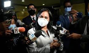 Operación Coral Pastora Guzmán figura con al menos cinco vehículos a su nombre y con transacciones millonarias, dice la PGR