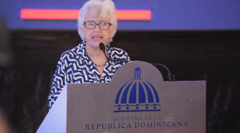 Ortiz Bosch hace llamado a la JCE para limitar gastos durante procesos electorales