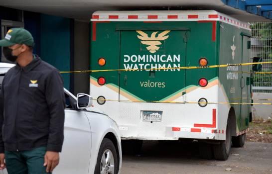 PN y MP recuperan aproximadamente RD$7 millones del dinero sustraído a camión envío de valores