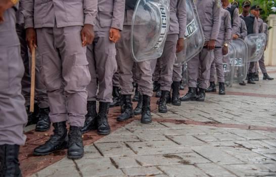 Reforma de la Policía Nacional recibe apoyo, pero con advertencias
