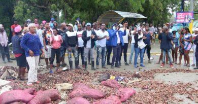 Productores de Vallejuelo exigen gobierno les compre cebolla