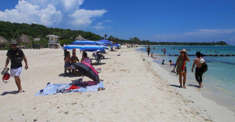 Prohíben venta de alcohol en las playas y excursiones