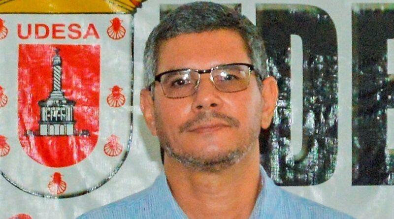 UDESA felicita periodistas