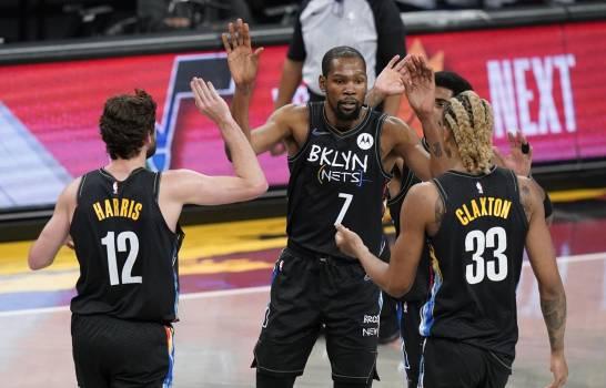 Kevin Durant reaparece en triunfo de Nets, 139-111 sobre Pelicans