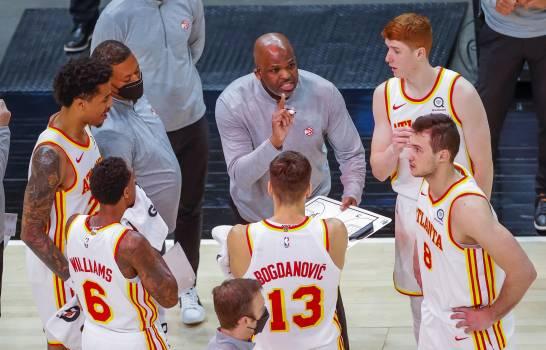 Los Hawks vence 111-104 a Bucks de la mano de Lou Williams