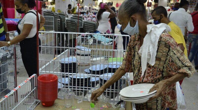 Celebración del Día de las madres dinamiza el comercio