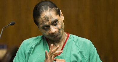 Informes sobre el caso del asesino satanista que decapitó a su compañero de celda revelan que los guardias informaron que ambos reos estaban vivos