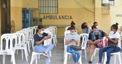 Reportan 1,055 casos de COVID-19, más de la mitad en el Gran Santo Domingo