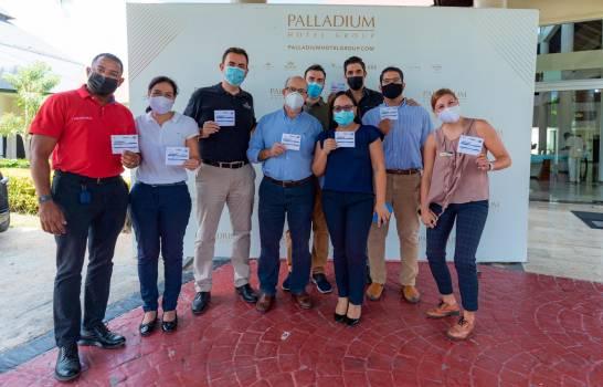 Palladium Hotel Group ofrece vacunas COVID-19 a su personal hotelero en RD