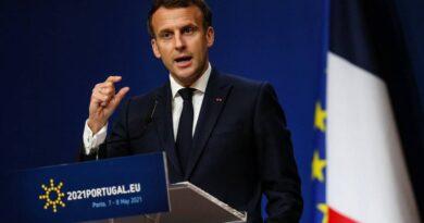 """Macron insta a los """"países anglosajones"""" a levantar las prohibiciones de exportación de vacunas contra el coronavirus"""