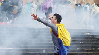 Protestas en Colombia llegan a su cuarto día consecutivo pese a las nuevas medidas propuestas por el Gobierno