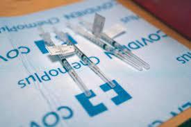 Según expertos británicos, retrasar la segunda dosis de Pfizer generaría más inmunidad contra el COVID-19