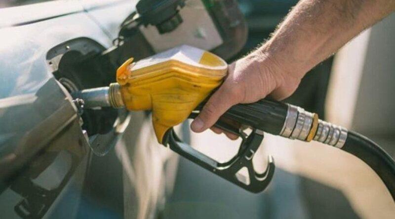 Congelan otra vez los precios de todos los combustibles