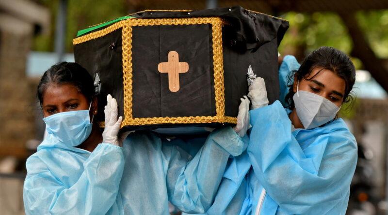 La India supera las 3.000 muertes por el llamado 'hongo negro' y registra más de 40.000 infecciones