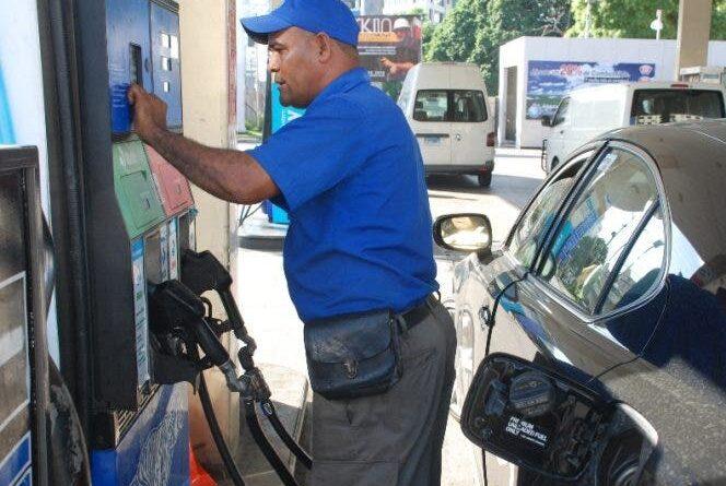 Gobierno congela precio de todos los combustibles para esta semana