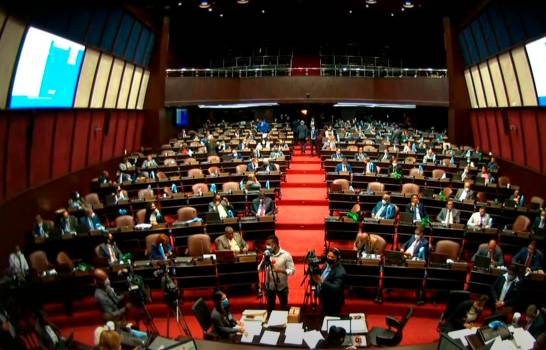 """Diputados dejan el Código Penal en """"jaque mate"""" y expresan interés de aprobarlo este miércoles"""