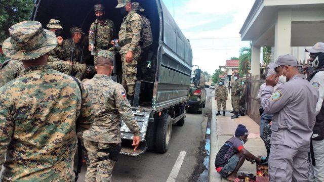 Dajabón militarizado por marcha contra construcción canal hacia Haití