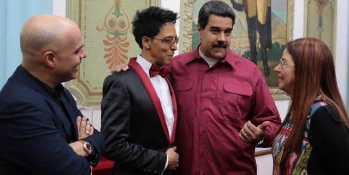 En Miami exiliados critican a Bonny Cepesa por cantarle a Maduro
