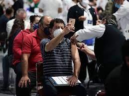 Estados Unidos envía 1 millón de vacunas contra el coronavirus a ciudades fronterizas de México y lugares turísticos