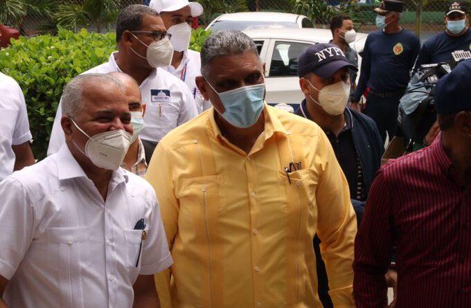 Ministerio de Interior y Policía se suma a jornada de vacunación en San Cristóbal