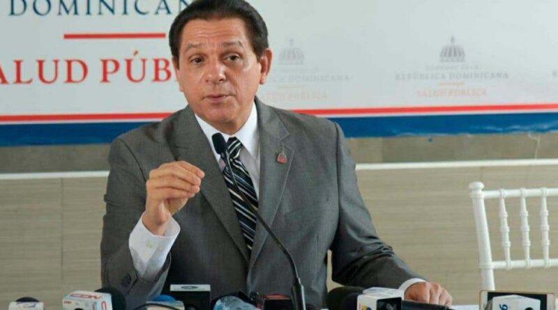 Ministro de Salud afirma no esconde el número de muertos por la pandemia