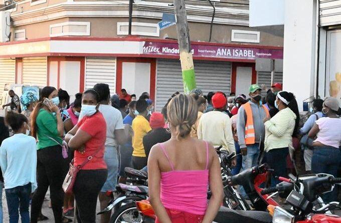 Preocupación en San Juan y Barahona por alta positividad de COVID-19 durante una semana