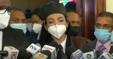 Yeni Berenice se niega a hablar sobre supuesta trama para matarla